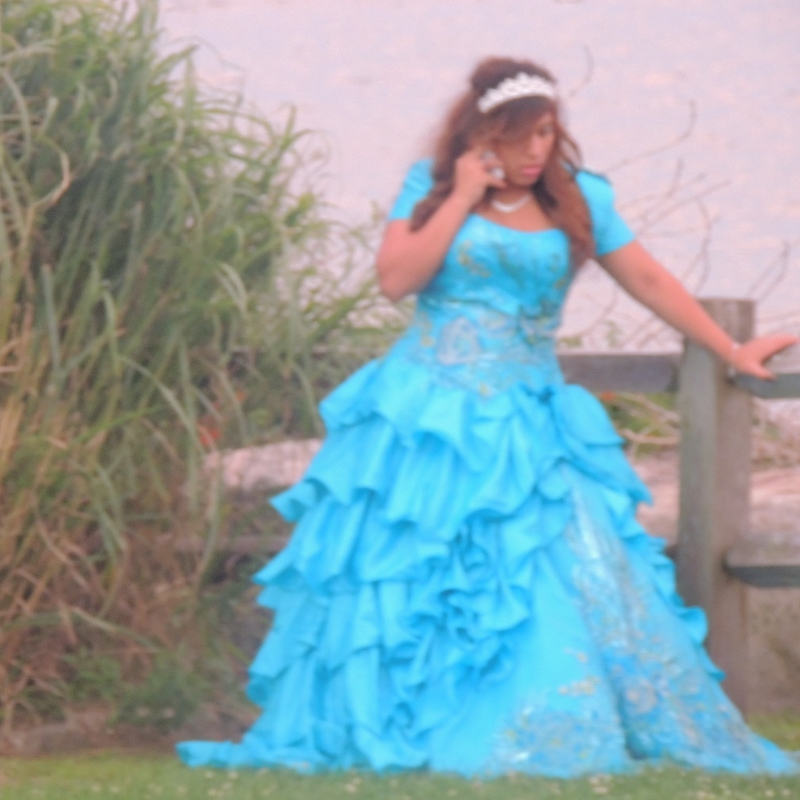 woman in sweetheart gown, images picture
