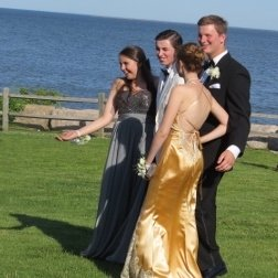 Couples Posing for Prom Photos, together,incredible gifts of pictures